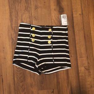 XXI Forever stripe shorts